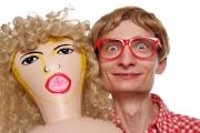 20 powodów, dla których należy kochać gumową lalkę
