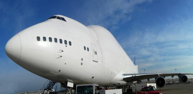 Boeing 747 Dreamlifter.jpg