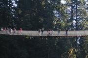 Spacer po moście