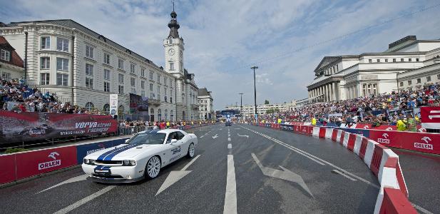V racing.jpg