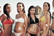 Stewardessy w bikini