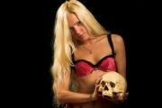 Uprawiała seks ze szkieletem