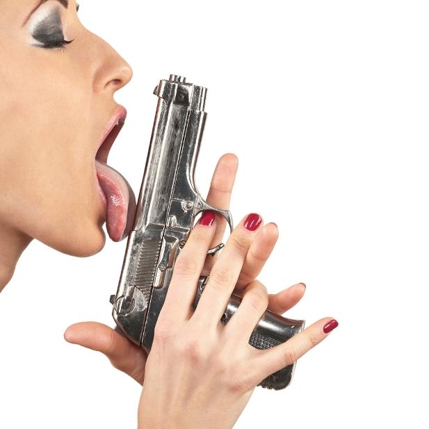laska z pistoletem