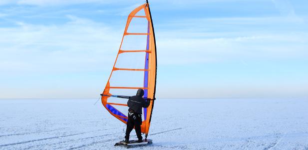 iceboarding