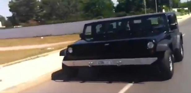 połączone Jeepy Wranglery