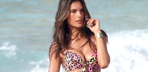 Alessandra Ambrosio Victorias Secret