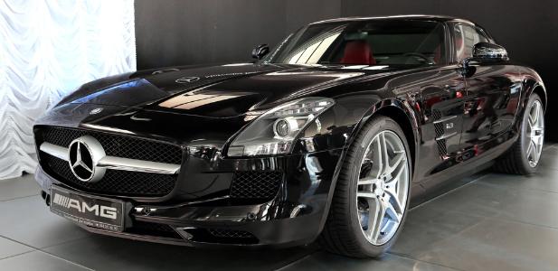 Mercedes Benz AMG SLS Black