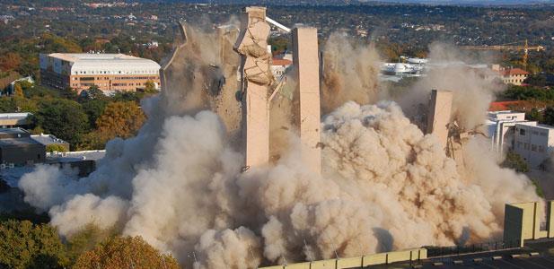 wysadzanie budynków