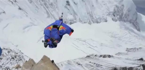 skok z Everestu