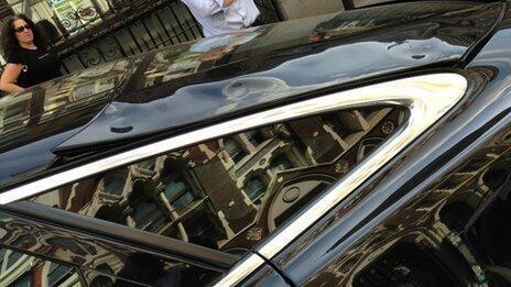 stopiony Jaguar