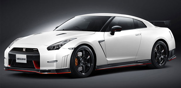Nissan-GT-R-Nismo-otw.jpg