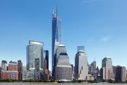 B.A.S.E jump z Freedom Tower