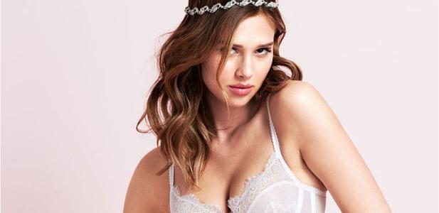 Anais Pouliot Victoria's Secret