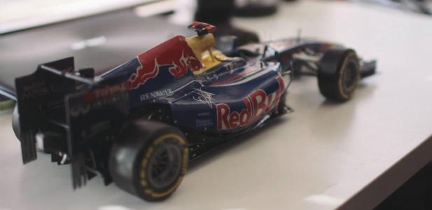 papierowy bolid F1