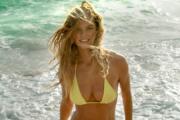 Nina Agdal w seksownej reklamie piwa