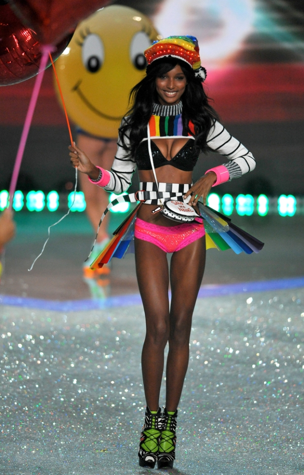 pokaz Victorias Secret 2014