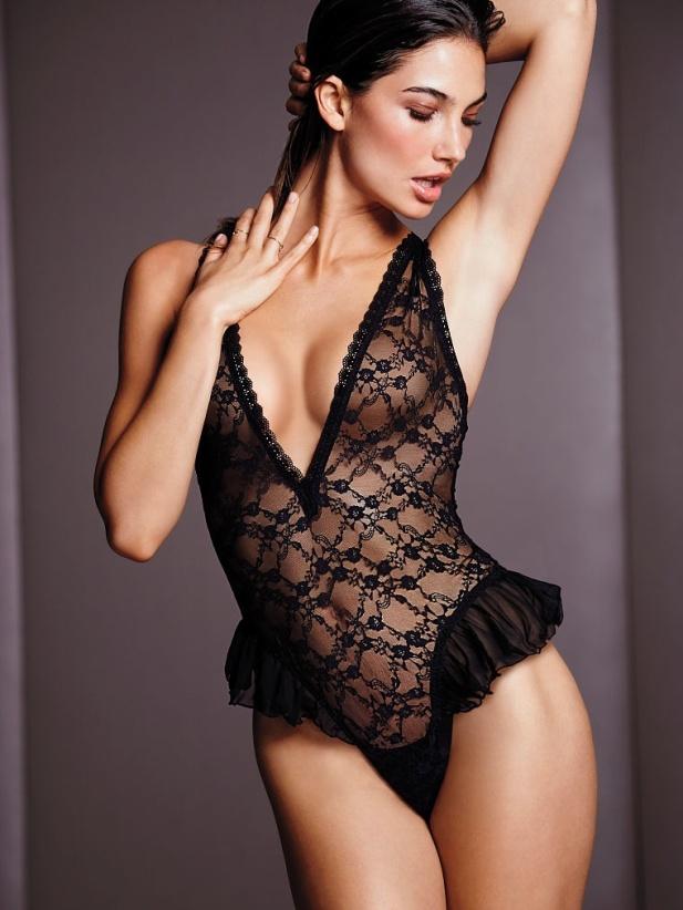 victorias-secret-lily-aldridge-lingerie7.jpg