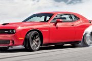 Dodge Challenger SrT: Ciężki nokaut