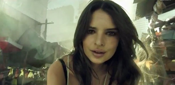 Emily Ratajkowski w Call of Duty
