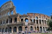 20 tys. dol. grzywny za inicjał na murze Koloseum