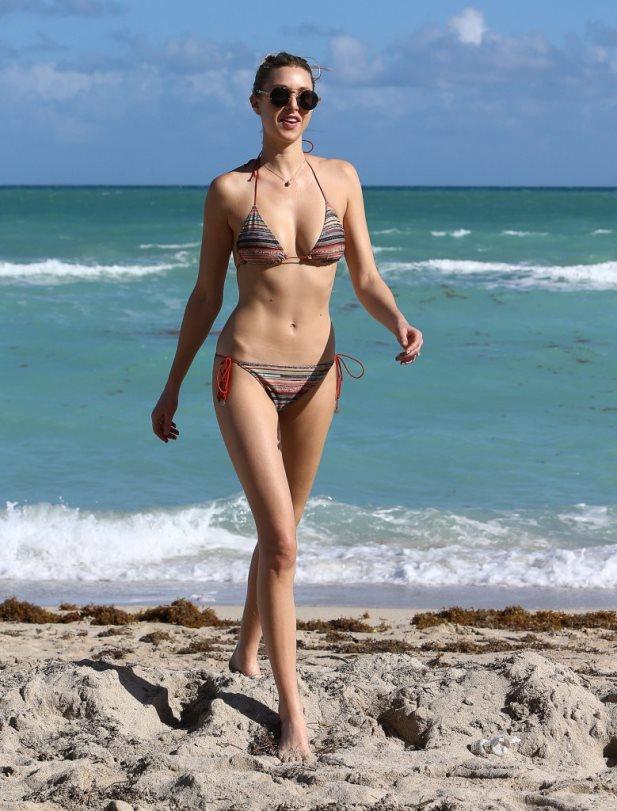 FFN_Port_Bikini_MISBVE_120414_51599000_midres.jpg