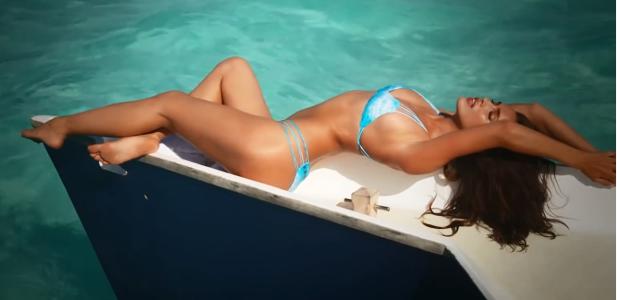 Irina Shayk w bikini