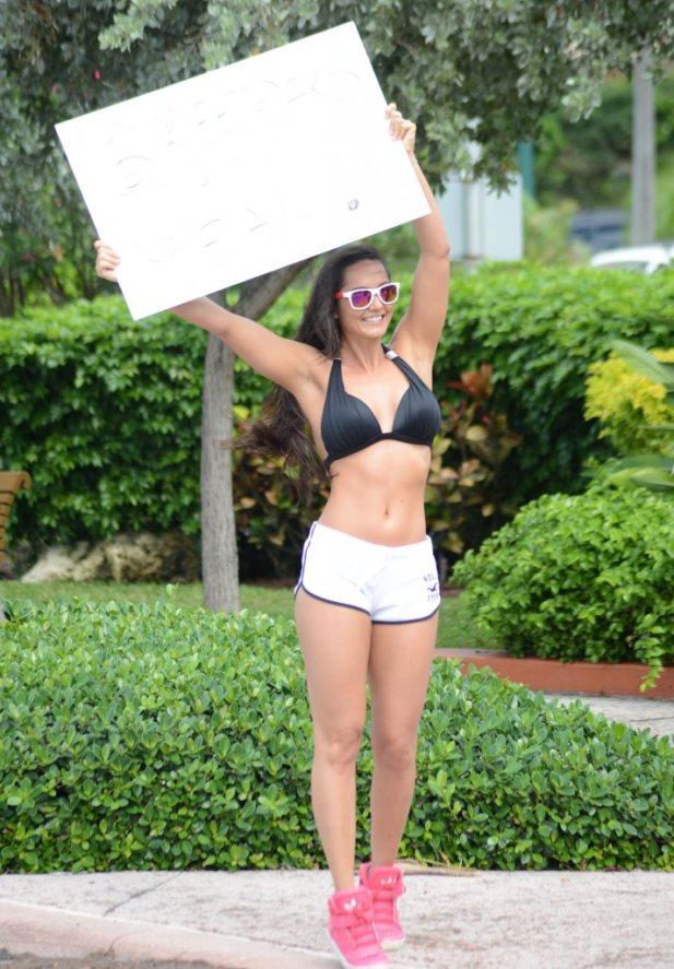 FFN_Bikini_Models_TAC_021615_51654960_midres.jpg