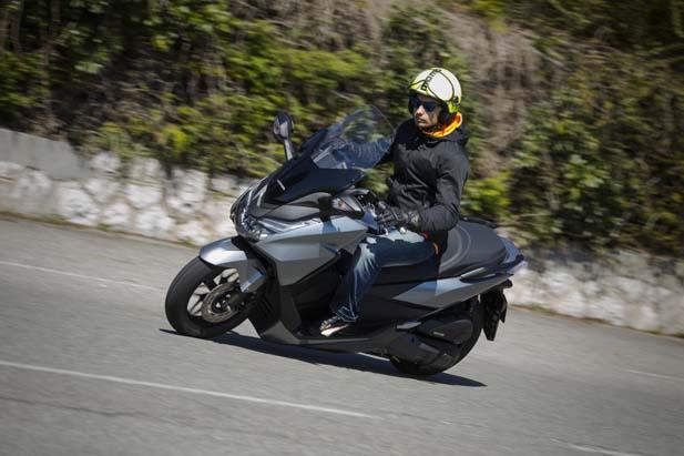 Honda_Forza_125_YM15_6863-1024x682.jpg