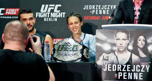 Jędrzejczyk UFC