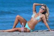 Anastasia Nova w bikini