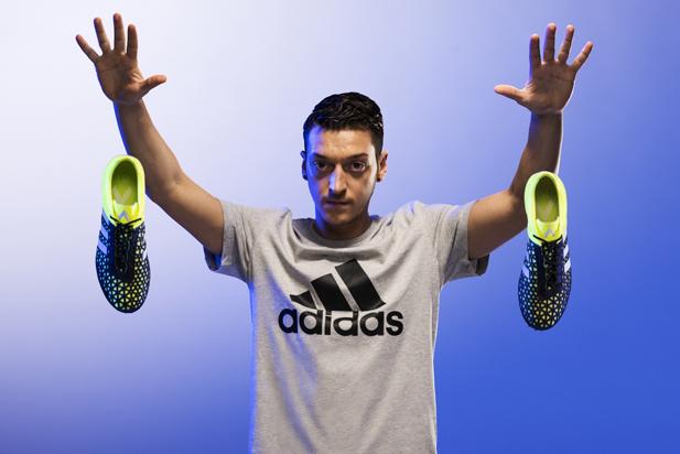 adidas_ozil.jpg