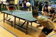 Headis = piłka nożna + tenis stołowy