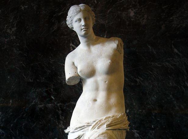 MG-Paris-Aphrodite_of_Milos_edited.jpg
