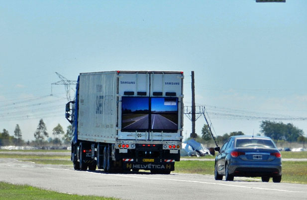 samsung-safety-truck1.jpg