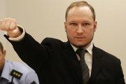 Anders Breivik wygrał w sądzie