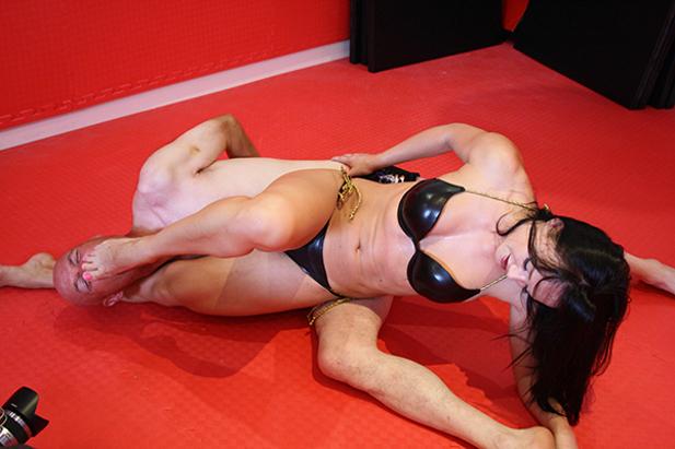 wrestling sexy.jpg