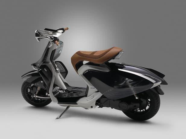 yamaha-2016-04gen-concept-scooter-4.jpg