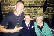 Zobacz parę emerytów z Polski balujących w londyńskim klubie [HIT]