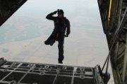 Skok z 7600 metrów bez spadochronu