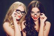 Polacy lubią porno z okularnicami