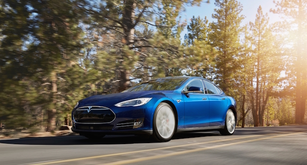 Tesla-Model-S-70D-new-color-Ocean-Blue.jpg