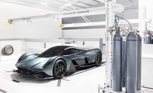 Aston-Martin-AM-RB-001-101-876x535 głowne.jpg