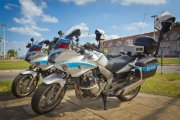 12 nieoznakowanych motocykli policyjnych z wideo rejestratorami