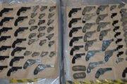 Polak próbował przemycić 79 pistoletów do Anglii