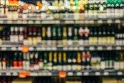 Sejm przyjął ustawę o zakazie sprzedaży i spożycia alkoholu