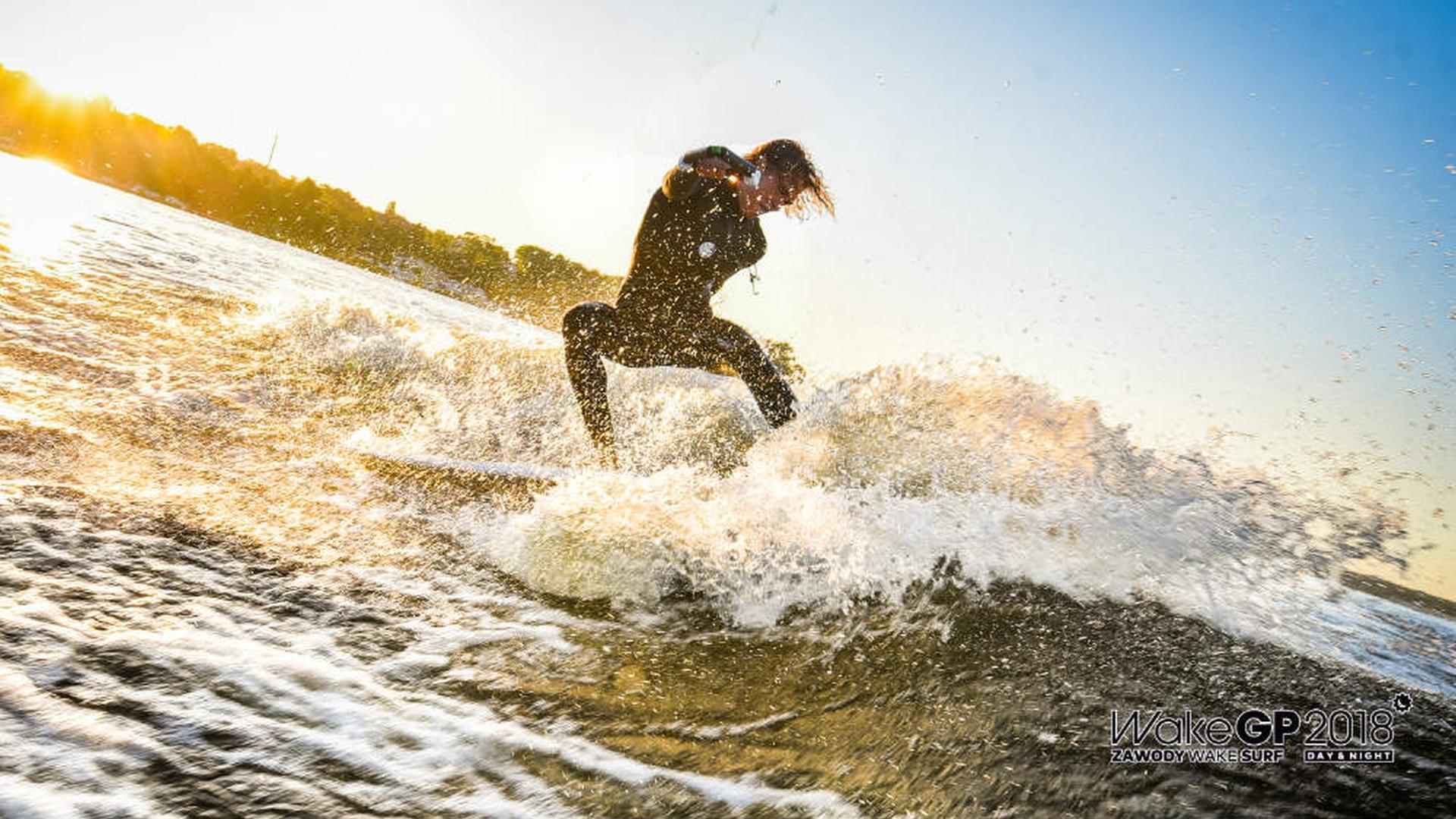 Surfer fot WakeGP.jpg