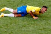 Ile czasu podczas mundialu Neymar przeleżał już na murawie