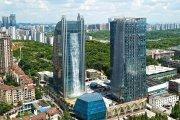 W Chinach powstaje wieżowiec z gigantycznym wodospadem na fasadzie