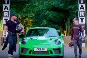 Porsche 911 GT3 RS kontra dron – kto wygra?