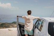 5 rad, jak najtaniej i bezstresowo ogarnąć wynajem samochodu